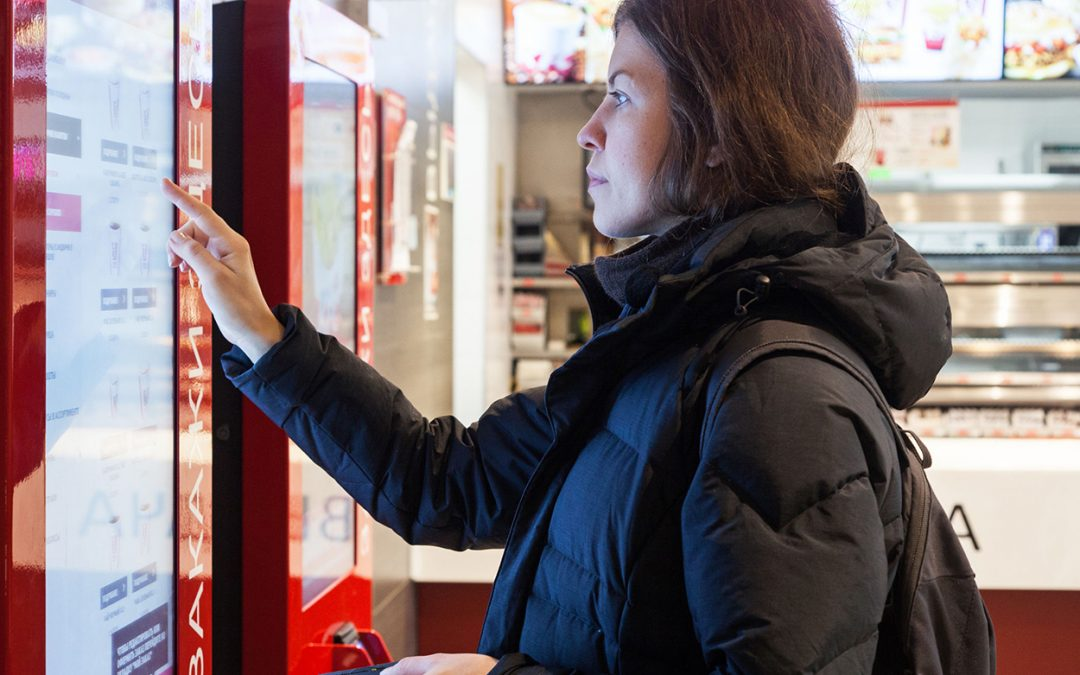 Quick Service Restaurants – How can digital signage help with customer retention?